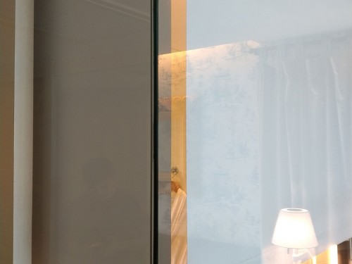 電動捲簾-飯店浴室實績